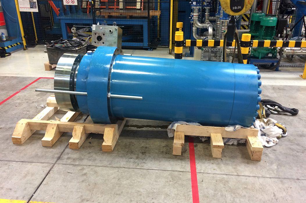 Naprawa cylindra prasy hydraulicznej